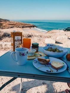 Portugal Rundreise Lissabon nach Porto – Sehenswürdigkeiten & Tipps Camper, Alcoholic Drinks, Road Trip, Wine, Places, Travel, Restaurants, Highlights, Wanderlust