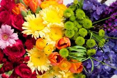 One Charming Party | Birthday Party Ideas › art gallery party: flower arrangement tutorial