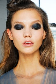 Check out more dramatic eye makeup styles here - http://dropdeadgorgeousdaily.com/2014/02/dramatic-eye-makeup/