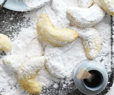 These Greek almond crescents are commonly known as kourambiethes and traditionally served at Easter. They're so delicious that we think they should be enjoyed all year round. Serve with a hot espresso. Almond Crescent Recipe, Honey Joys Recipe, Curried Sausages, Easter Biscuits, Mini Carrots, Coconut Desserts, Biscuit Cake, Peanut Butter Cookie Recipe, Rustic Cake