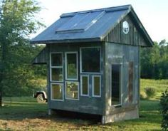 Where to Get DIY Greenhouse Plans for Free: Free Greenhouse Plan from Mother Earth News
