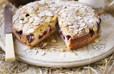 #Receta Torta de almendras y frambuesas >>>> http://www.srecepty.es/torta-de-almendras-y-frambuesas
