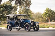 1913 Pierce Arrow Model-48B 5-passenger Touring