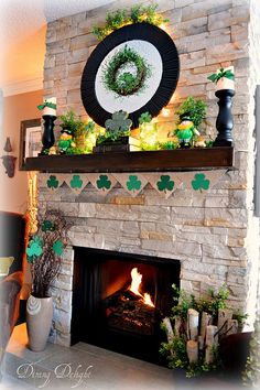 Dining Delight: St. Patrick's Day Mantel