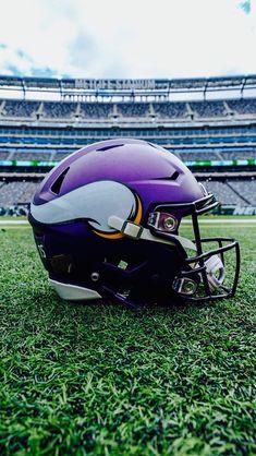 Nfl Vikings, Minnesota Vikings Football, Football Helmets, Football Stuff, National Football League, Posters, Purple, Random, Sports