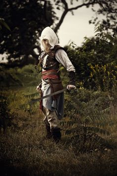 Alexa Karii cosplays Assassin's Creed. Honestly, I think cosplays like this look a lot better than the really showy ones.