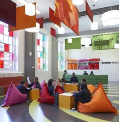 Primary school interior design project by Gavin Hughes via designperbambini.it