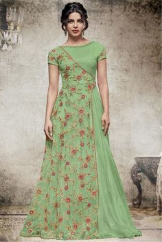 This Exclusive Gown Is An Ultimate Wedding Wear Collection With The Mesmerizing Colours Of Green . With The Artistic Embroidery,Lace Work,Zari Work And Leave No Stone Unturned And Be At Your Fashion. Source by yayuksamgres dresses indian Indian Designer Outfits, Indian Outfits, Designer Dresses, Indian Clothes, Edgy Outfits, Indian Gowns Dresses, Evening Dresses, Afternoon Dresses, Flapper Dresses