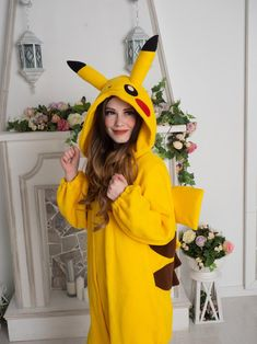 me goin to l. Adult Onesie Pajamas, Pyjamas, Lazy Day Outfits, Cute Outfits, Pijamas Onesie, Onesie Costumes, Graduation Pictures, Outfit Of The Day, Hipster Outfits