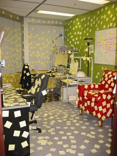 31 Great Office Pranks Images Jokes Pranks Senior Pranks