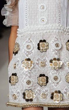 Embellished flowers #details #couture