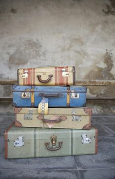 I absolutely LOVE these suitcases!!!!