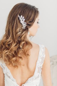 down wedding hairstyles with bridal headpieces for medium length hairs
