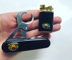 "Polubienia: 90, komentarze: 3 – Dutchknifes (@dutchknifes) na Instagramie: ""Dannemann El noble cigarro  Wenger Cigar cutter and lighter. Found the matching lighter this…"""