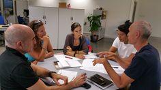 El Cabildo de Tenerife colabora asesorando a varios artesanos de la isla en un proyecto de cooperación entre artesanos. [BigBoston, Abissi...]