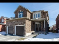 Barrie Real Estate Tours HD Video Tour 1072 Nantyr Drive Innisfil, Ontario