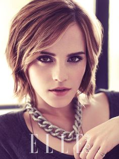 Trendy Short Hairstyles Celebrity Haircuts Emma Watson Love this hair! Wonder how if it would work with my hair? Celebrity Short Hair, Celebrity Haircuts, Cool Short Hairstyles, Bob Hairstyles, Pixie Haircuts, Layered Hairstyles, Fringe Hairstyles, Medium Hairstyles, Latest Hairstyles