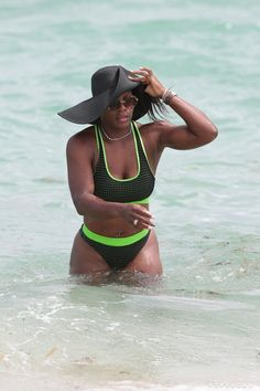 Pin for Later: Bikini-Clad Serena Williams Hits Up Miami Beach With Eva Longoria