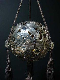 純銀 釣香炉 耕閑造 <共箱>|骨董品・茶道具等の買取、販売の古美術やかた【京都】