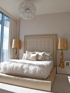 Fancy Champagne Bedroom Design Ideas To Try Condo Interior, Interior Design, Luxury Interior, Interior Ideas, Champagne Bedroom, Asian Bedroom, Suites, Bedroom Styles, Bedroom Ideas