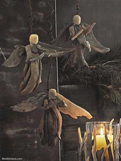 Add a natural element to your seasonal decorations with our driftwood angel made from recycled, repurposed or reclaimed material. One set includes three styles. Product Description • Roost Driftwood A