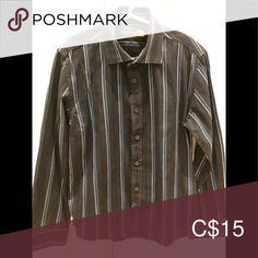 Ben Sherman Boys Size 8 Button Up Shirt Ben Sherman Size 8 Button Up Shirt / Gently Worn / Smoke Free Home Ben Sherman Shirts & Tops Tees - Long Sleeve