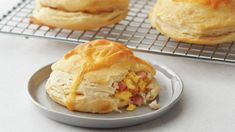 Our Freezer-Friendly Everything Bagel Biscuit Bombs are so popular we had to make a ham egg and cheese version. These hearty stuffed biscuits make for a great grab-and-go breakfast on busy mornings and you only need five ingredients. - Ham - Ideas of Ham Breakfast Biscuits, Breakfast Dishes, Breakfast Recipes, Breakfast Ideas, Drop Biscuits, Hotel Breakfast, Cheese Biscuits, Breakfast Sandwiches, Homemade Breakfast