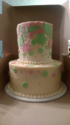 Buttercream with fondant polkadot confetti