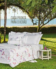 Conforto e praticidade para a sua casa no verão. Veja mais: http://www.casadevalentina.com.br/blog/materia/casa-pronta-para-o-ver-o.html #decor #decoracao #details #detalhes #jogodecama #quarto #bedroom #casadevalentina