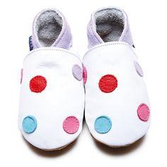 ca95d0c2d168b 40 meilleures images du tableau Adorables chaussons et chaussures ...
