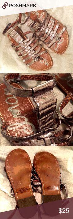 sam edelman // gladiator sandal EUC Sam Edelman gladiator sandal in pewter. Snakeskin textured straps and pebbled footbed. Worn 1-2 times- no defects or evidence of wear on heels. Sam Edelman Shoes Sandals