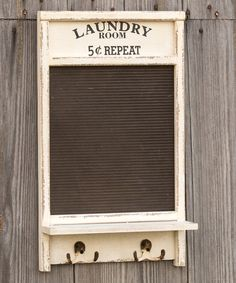 Another great find on 'Laundry Room' Washboard Wall Hook by Ragon House Western Decor, Country Decor, Rustic Decor, Farmhouse Decor, Diy Furniture Projects, Repurposed Furniture, Washboard Decor, Old Washboards, Folding Laundry