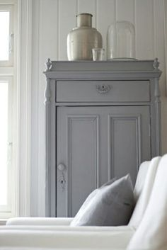Grey cupboard ~ lovingly repinned by www.skipperwoodhome.co.uk