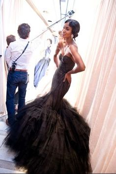 zac posen... OMG , if i could get this in white  or blush , I would be in heaven. !!!!!!!!!