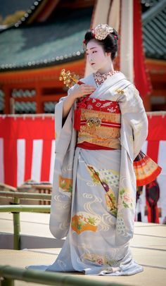 maiko 舞妓 toshiemiとし恵美 宮川町 KYOTO JAPAN