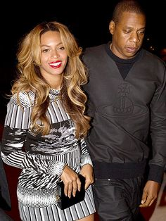 Beyonce and Jay Z enjoy a date after wrapping up their On the Run tour in Paris, France