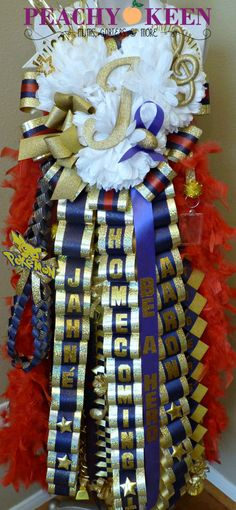 Triple Heart Mum. Klein Collins High School colors shown. Visit www.peachykeenmums.com