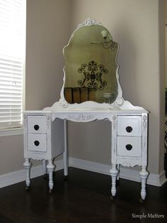 White Antique Vanity