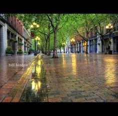 sunday morning rain.. pioneer square, seattle by Bill Hinton Photography, via Flickr