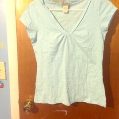 T shirt Banana republic shirt v-neck with a cap sleeve light turquoise in color very comfortable as well as versatile Banana Republic Tops Tees - Short Sleeve