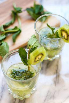 St. Patrick's Kiwi Cocktail | the blissful balance