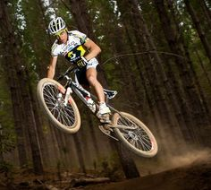 Photo of the Day: Nino Schurter, 2012 World Cup Series Champion | News | mountain-bike-action