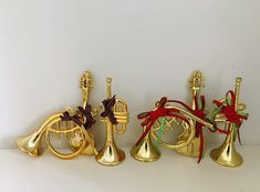 Vintage Gold musical instrument Christmas tree decoration set by Seekandchic on Etsy Christmas Tree Decorations Sets, Vintage Decor, Musical Instruments, Vintage Looks, Vintage Christmas, Musicals, Unique Jewelry, Handmade Gifts, Gold