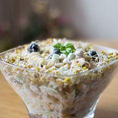 Sałatka na Sylwestra - TOP 10 Najlepszych Przepisów na Sylwestrowy Wieczór Cereal, Oatmeal, Salads, Breakfast, Recipes, Food, Diet, The Oatmeal, Morning Coffee