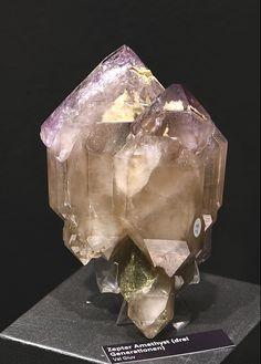 Quartz var.Amethyst Scepter - Giuv Valley, Tujetsch, Vorderrhein Valley, Grischun, Switzerland Size: 12.0 cm