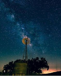 Head away from the city lights to capture the milky way! 📷: @bearded_photographer_ #texas_hillcountry #texashillcountry #texas #hillcountry #igtexas #texas_ig #texasphotography #centraltexas #texasforever #texaspride #ilovetexas #milkyway #texasstars #longexposure #milkywayphotography #windmill #texascountry  #countrylife #stars #outerspace