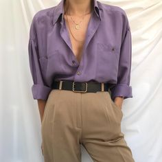Remember to look for violet, vintage LL Bean and Eddie Bauer shirts. - Outfits for Work Remember to look for violet, vintage LL Bean and Eddie Bauer shirts. Trend Fashion, Fashion Blogger Style, Look Fashion, Fashion Outfits, Womens Fashion, Fashion Bloggers, Korean Fashion, Fashion Ideas, Fashion Goth