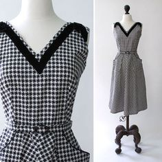 vintage 1950s dress  1950s cotton print by SteeleHollowVintage