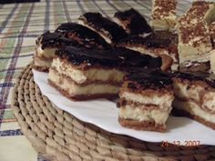Bécsi baracktorta Tiramisu, Ale, French Toast, Cooking Recipes, Cupcakes, Sweets, Breakfast, Ethnic Recipes, Food