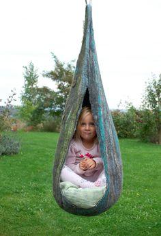 Felted Hanging Basket-Chair www.rasosveltinis.lt